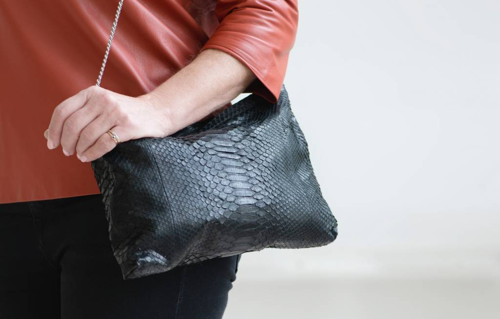 Soft Clutch Black
