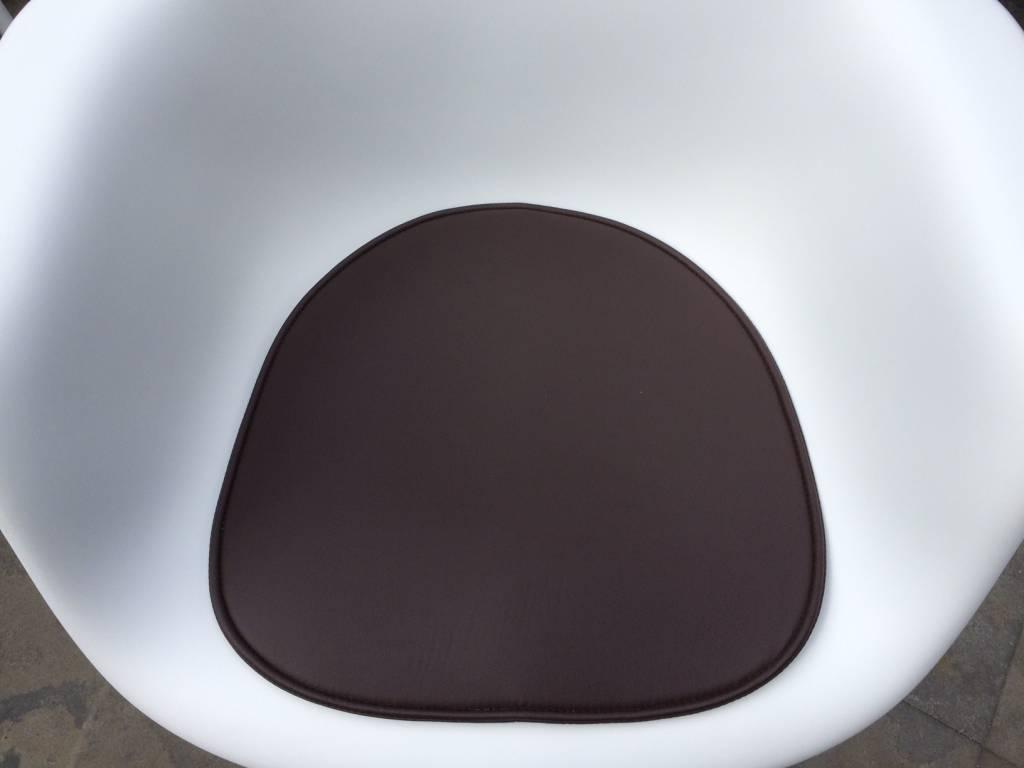 Vilt Kussen Eames : Eames stoel met kussen