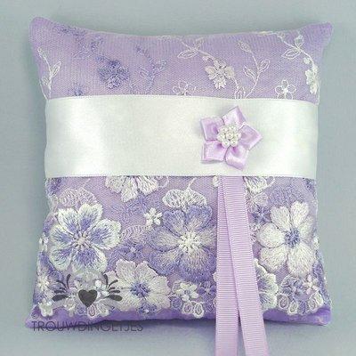 Ringkussen lila met wit 16cm