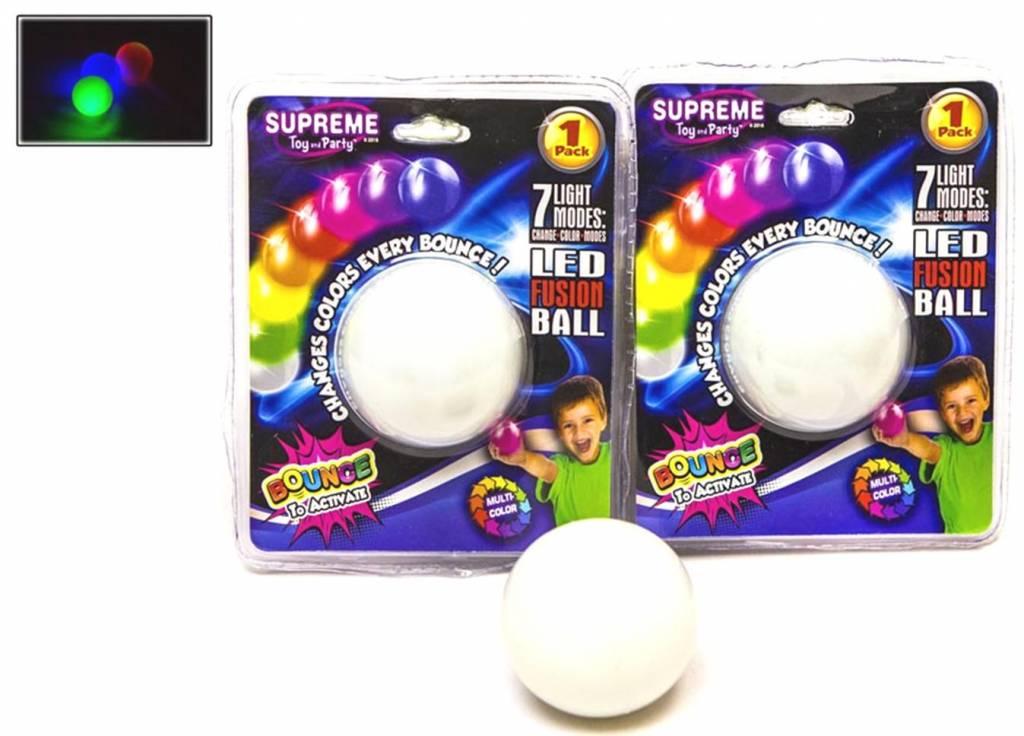 Stuiterbal Met Licht : Magic rainbow stuiterbal met licht groothandel karssen
