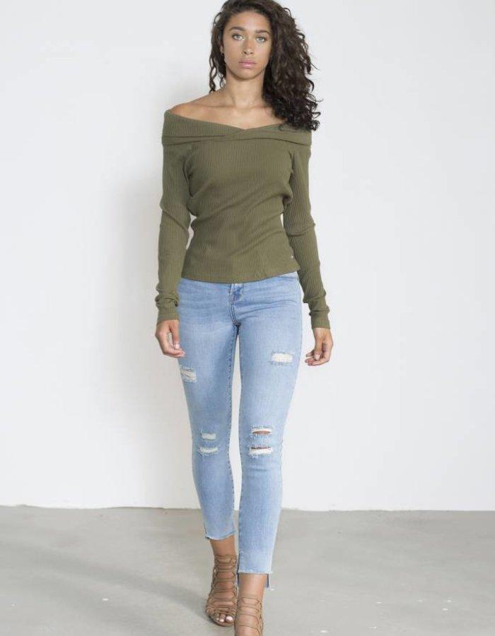 Trashed jeans