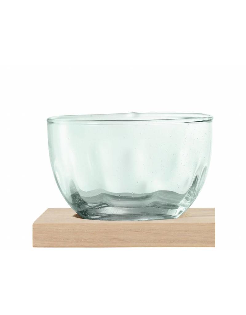 L.S.A.  Tapasset glas op hout