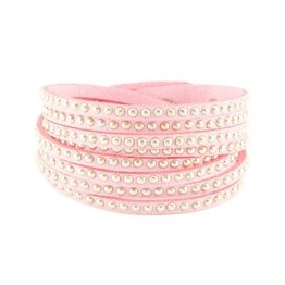 Armband imitatie suede roze met studs