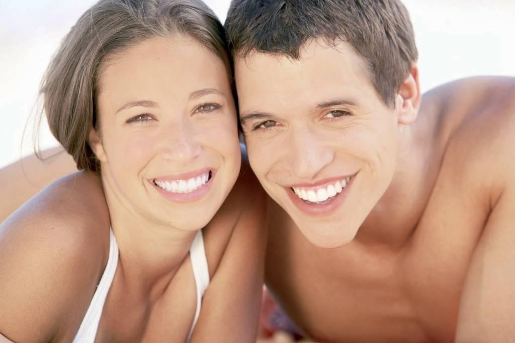 Tanden bleken, bij je tandarts of thuis op je gemak?
