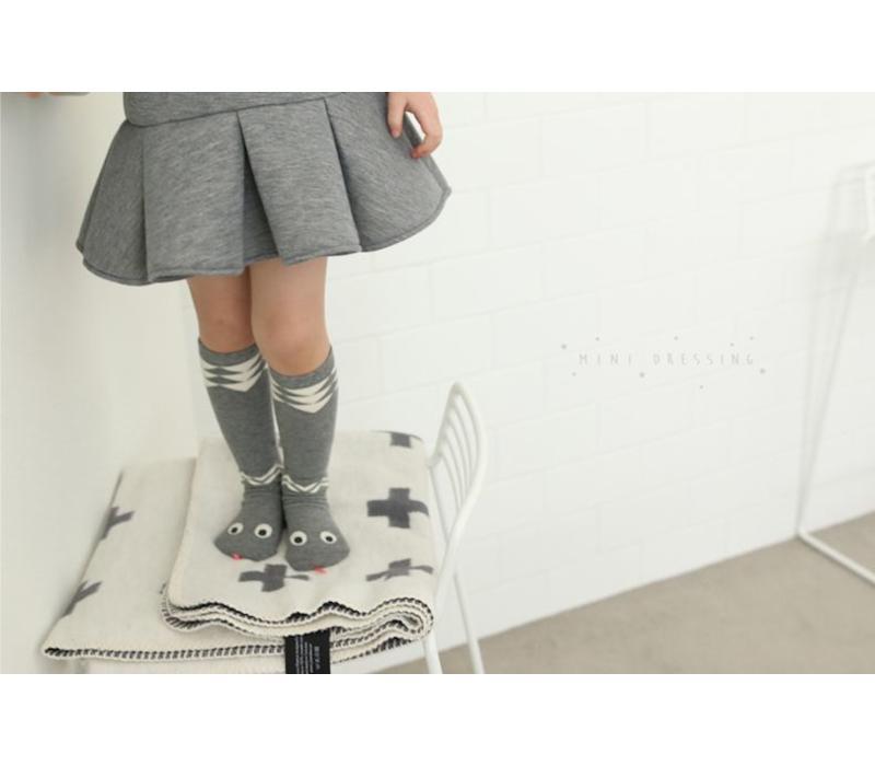Mini Dressing snake knee socks gray