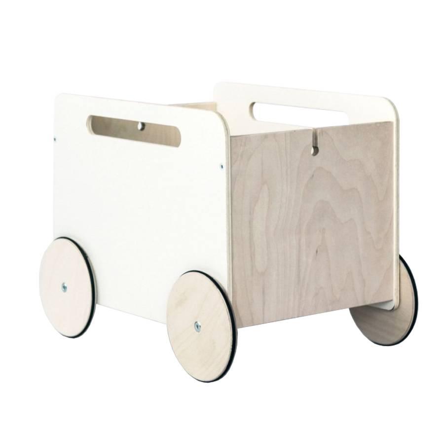 ooh noo toy box on wheels mevrouw aardbei. Black Bedroom Furniture Sets. Home Design Ideas