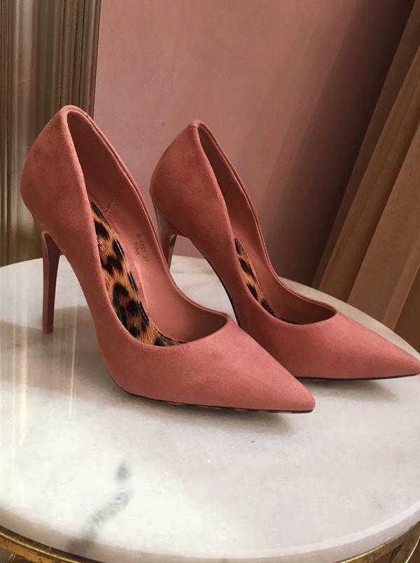 Old Pink Pumps