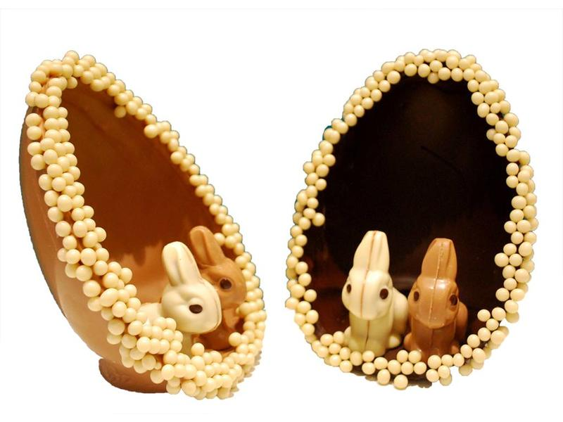 EGG WITH BUNNIES