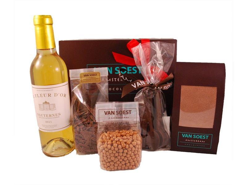 DESSERT BOX WITH DESSERT WINE