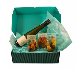 CHOCOLATE CHRISTMAS BOX WITH EISWEIN