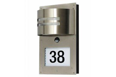 Buitenlamp met dubbele sensor en huisnummer