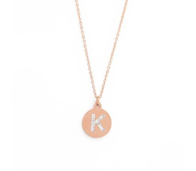 Ketting met letter Letter Ketting Crystal K rose goud van roestvrij staal.