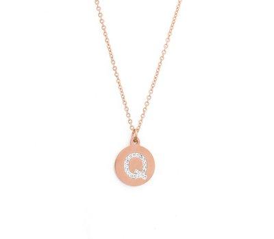 Ketting met letter Letter Ketting Crystal Q rose goud van roestvrij staal.