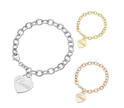 De trendy Love armband met naam in zilver en goud