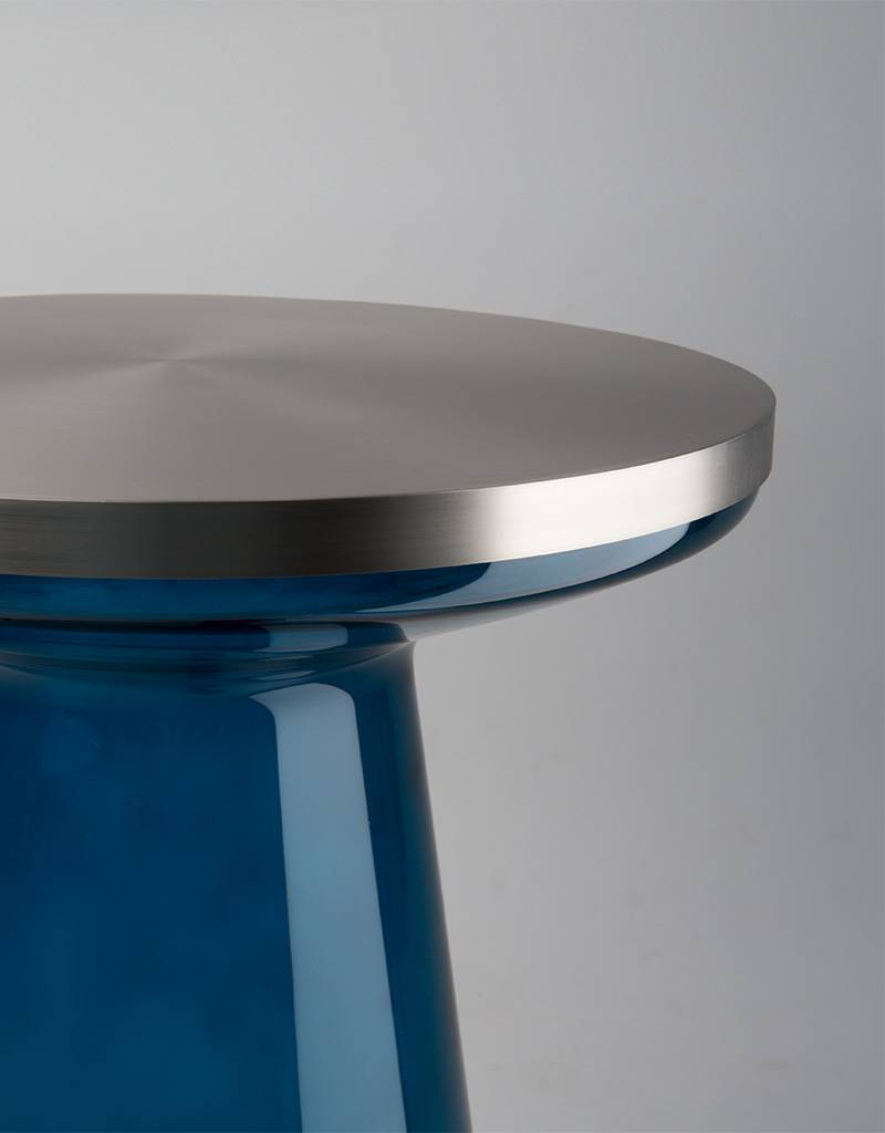 FIGURE - blue/stainless brushed