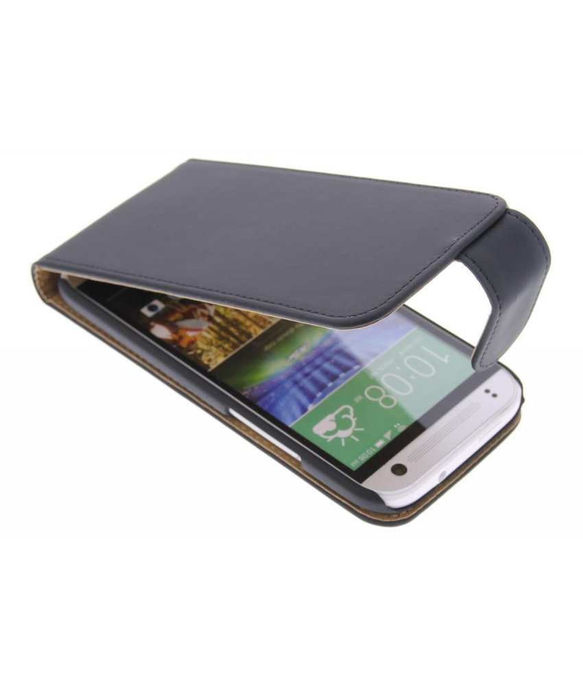 Zwart classic flipcase HTC One Mini 2