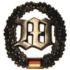 MFH BW toque badge, Wachbatallion, metal