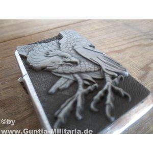 Feuerzeug mit Adlermotiv 1