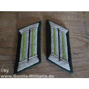 Mil-Tec Wehrmacht Collars, officier riflemen, green, repro