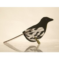 thumb-Pop-out postcard magpie-1