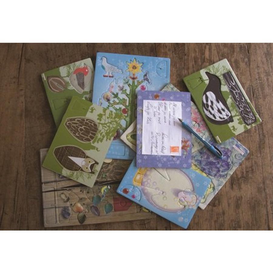 Pop-out postcard magpie