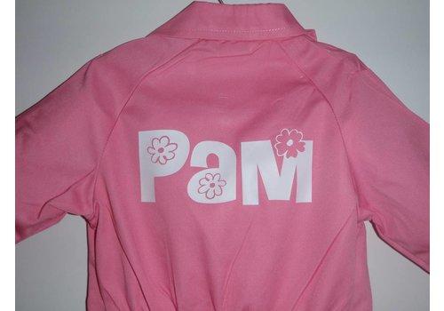 Bedrukte roze overall met tekst of naam