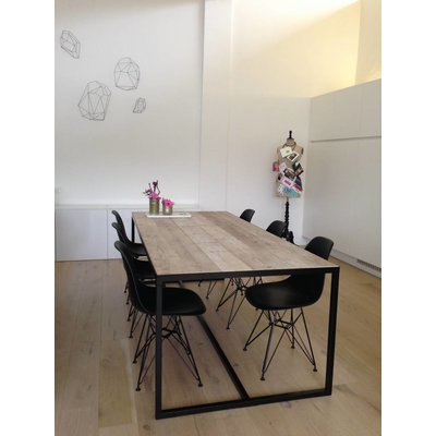 PURE Wood Design 'Hedensted' industriële tafel steigerhout/ingelegd blad en stalen frame