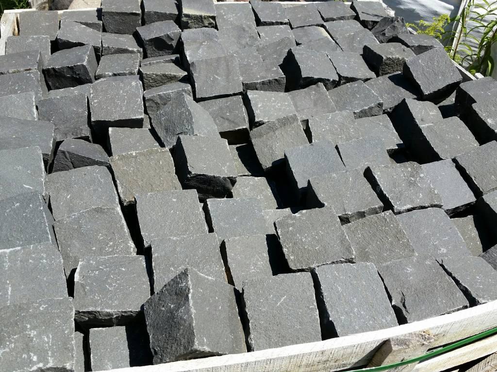 pflastersteine basalt anthrazit mischungsverh ltnis zement. Black Bedroom Furniture Sets. Home Design Ideas