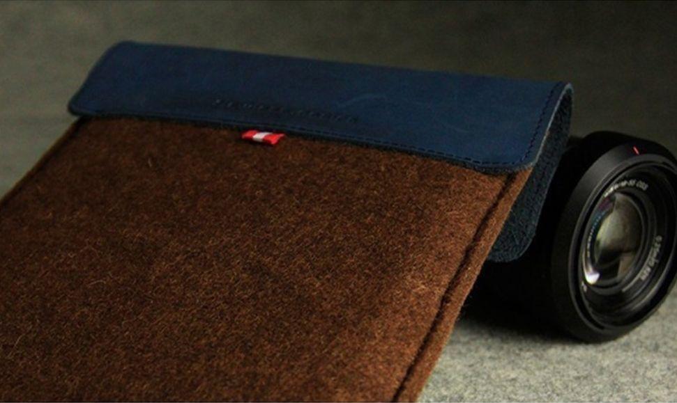 Wool Felt Sleeve iPad Mini case (8 inch Tablet)