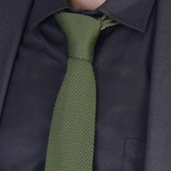 stropdas groen gebreid