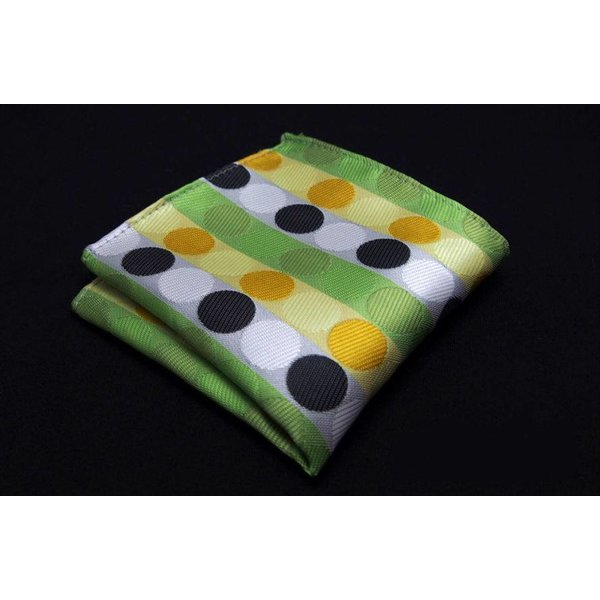 Green spotted handkerchief in het