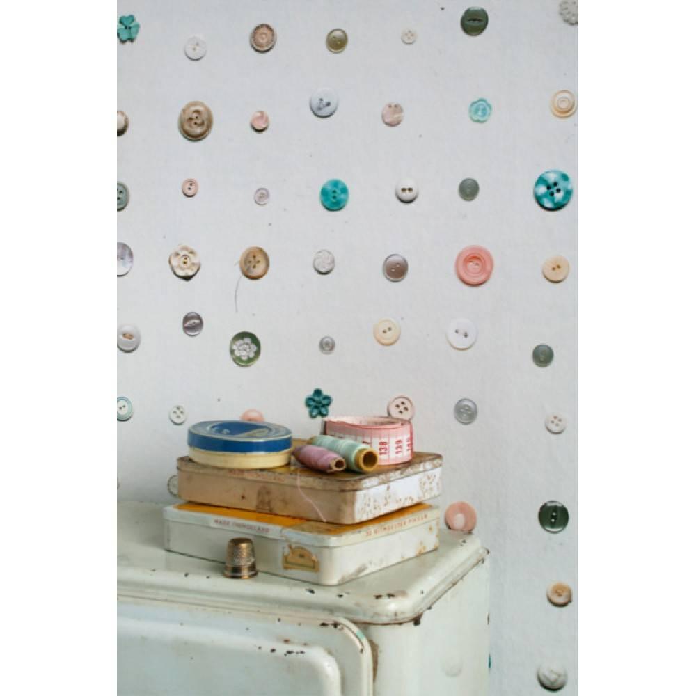 Behang van studio ditte met knopen print bekijk de hele studio ditte collectie en bestel - Behang voor een kamer ...
