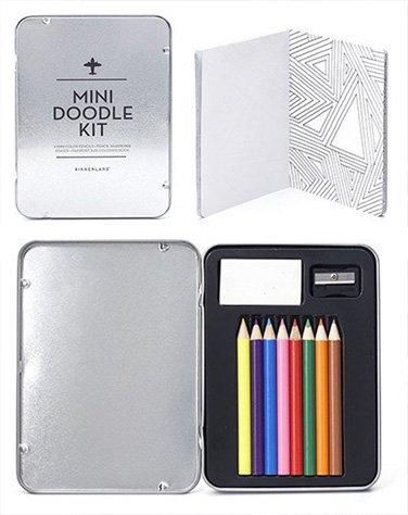 Mini Doodle kit, handig voor onderweg!