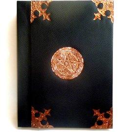 Schreibzeug Buch der Schatten mit Kupfer- beschlägen