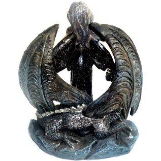 Elfen Mystische Elfe vor Drachenflügeln