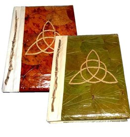 Göttin Magisches Tagebuch, Charmed Triquetta