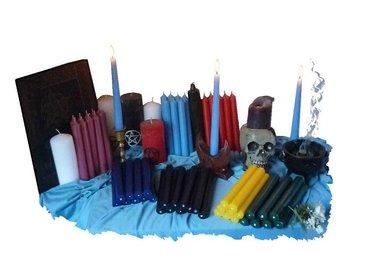 Kerzen, Ritualkerzen & Zubehör