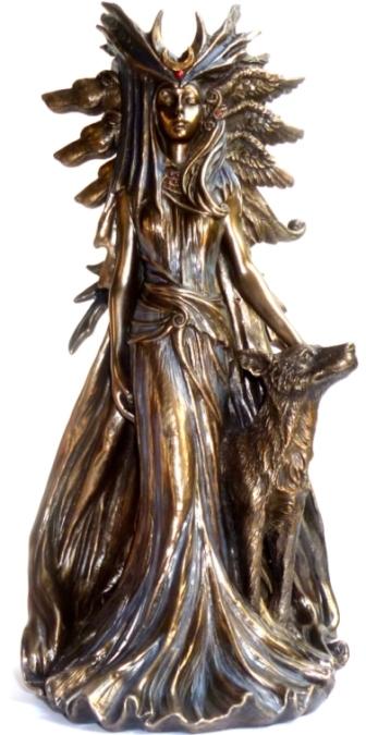 Hexengöttin aus Polyresin