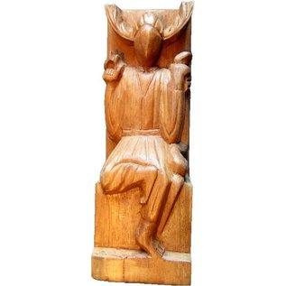 Gehörnter Gott aus Holz