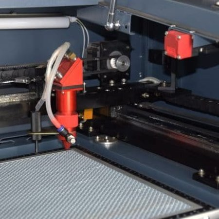 MetaQuip MQ6040 Lasersnijder Production