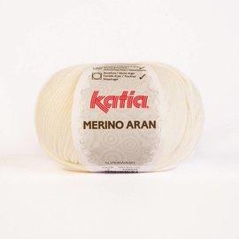 Katia Merino Aran 3 - Wit