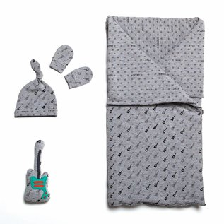 Katia Fabrics Naaipatroon  slaapzak, muts en wanten (BA1)