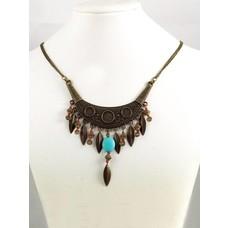 Marama: Crescent moon necklace