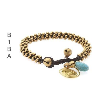 BIBA ARMBANDEN Biba geknotete Armband mit Charme und Glocken in den Farben Weiß oder Türkis