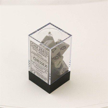 Chessex Opaque Grey/black Polydice Dobbelsteen Set (7 stuks)