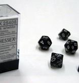 Chessex Opaque Black/white Polydice Dobbelsteen Set (7 stuks)