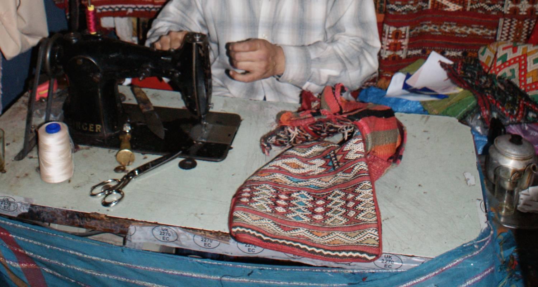 Berber kussens van mohammed uit marokko the souks for Waarom kussen mensen