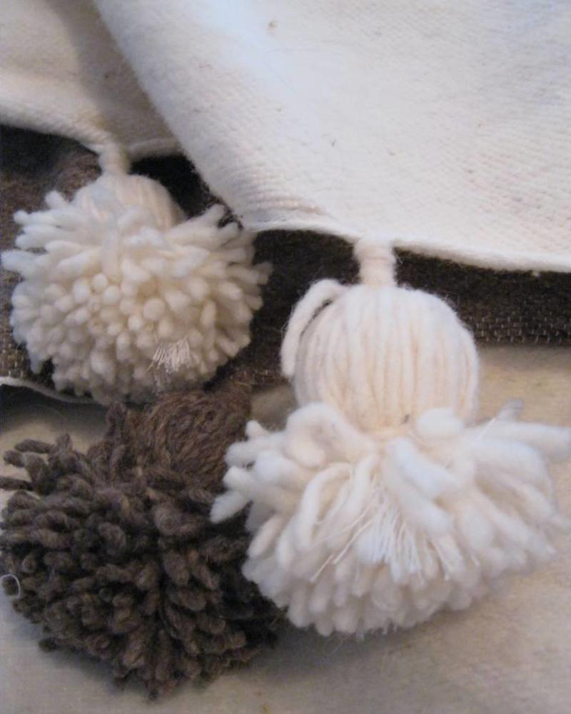 Wool pompom berber blanket