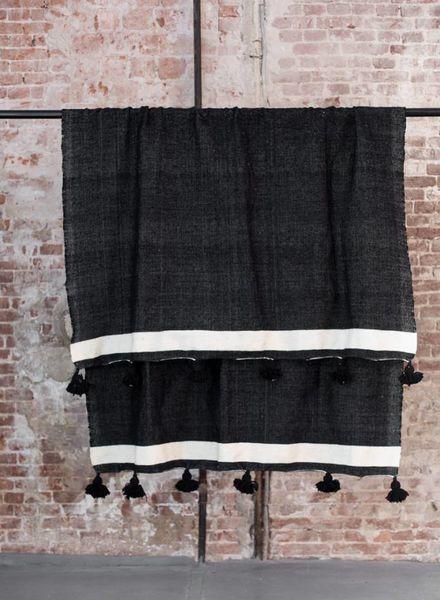 Berber pompom blanket XL