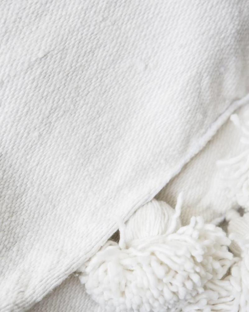 PRE-ORDER Handwoven Berber pompom blanket XL